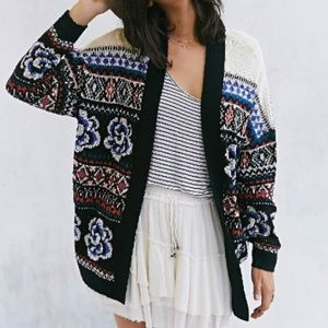 URBAN OUTFITTERS Excote Flora Open-Front Cardigan